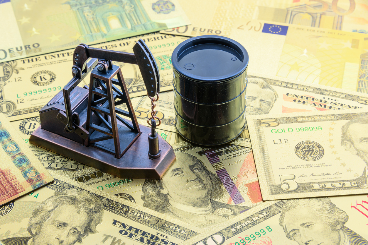 Crude Climbs to 10-Day High on Trade Deal Optimism