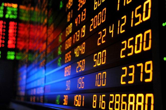 Market Caution Returns Ahead of Davos Summit