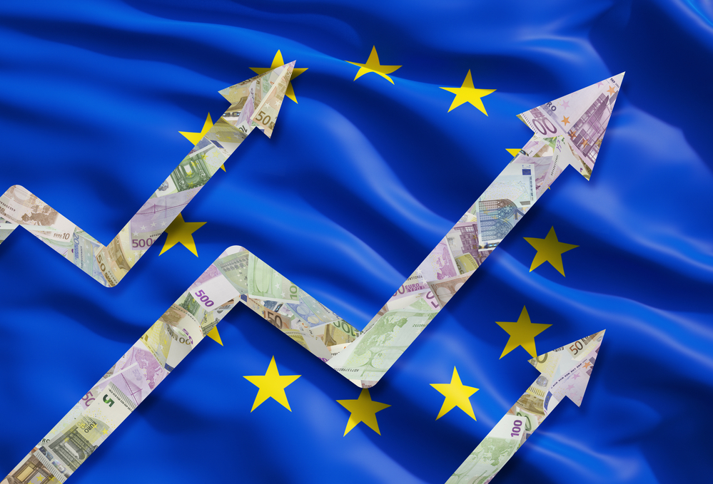 EUR/USD Price Forecast – Euro Breaks Higher and Into Resistance