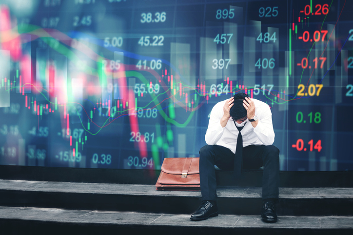 Global Shares Routed as Investors Ditch Risky Assets on Fear of Worldwide Recession