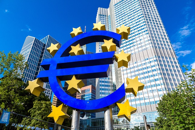 EUR/USD Mid-Session Technical Analyis for May 27, 2020