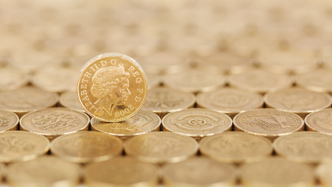 GBP/USD Weighed by Negative Interest Rate Comment From BoE Governor Bailey